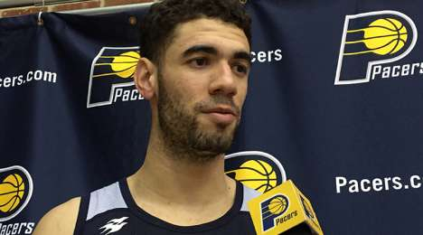 Georges Niang signs with the Warriors