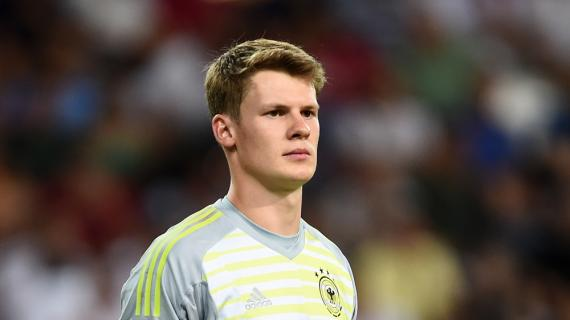"""BAYERN MUNICH backup goalie NUBEL's agent: """"We might go for a loan out"""". A suitor around"""
